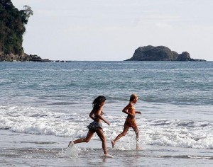 A Study Of 100 Beaches In Costa Rica From 1996 To 2011 By The National Water Laboratory Indicates That 91 Percent All Enjoy Great Quality